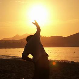 Pozdrav Slnku – Surya Namaskar